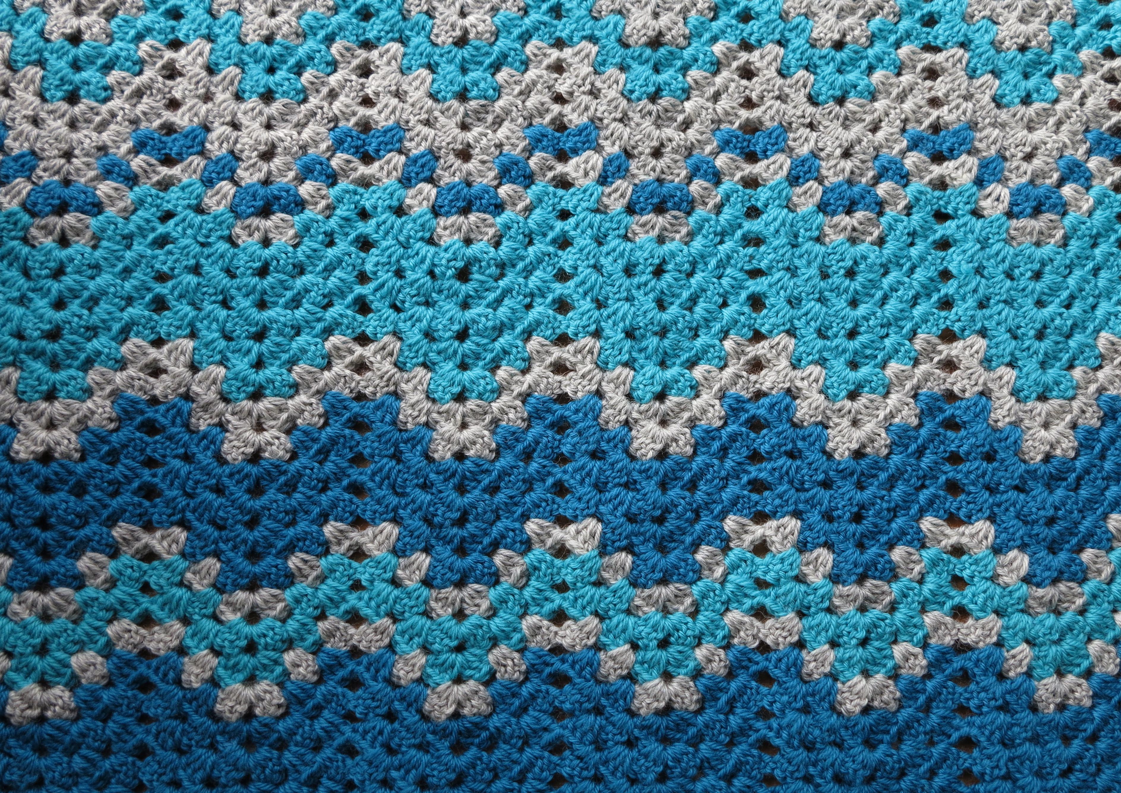 Winter Cheer Lap Blanket   bear loves dove