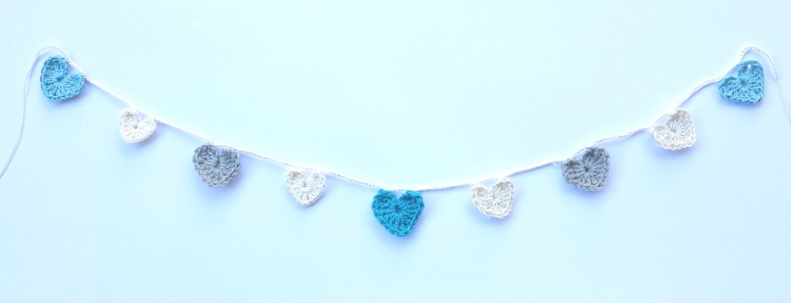 grey aqua heart garland