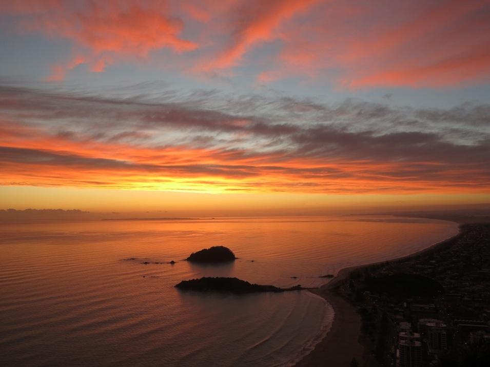 sunrise mount maunganui